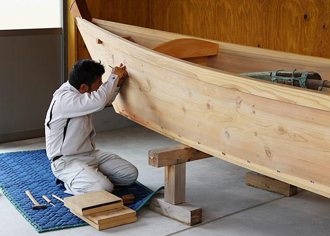 伝馬船工房作業風景